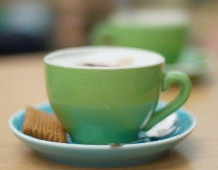 Veganer Cappuccino: welche Milch aufschäumen?