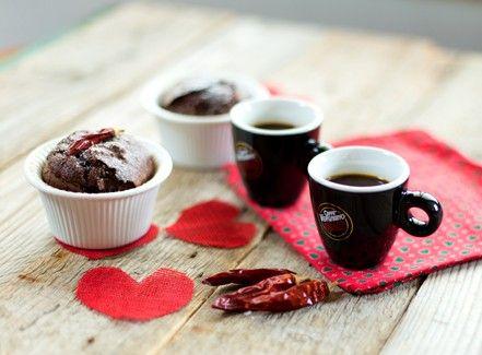 Ramequin al cioccolato, caffè e peperoncino